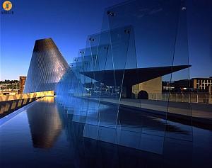 معماری موزه شیشه