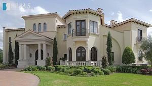 ویلایی با معماری کلاسیک و لوکس