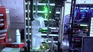 پرینتر سه بعدی هولوگرفیک با سرعت خیره کننده ساخت اشیاء
