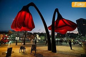 خلاقیت در طراحی شهری با گل های غولپیکر هوشمند