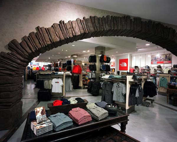 طراحی داخلی تجاری ، فروشگاه north face ، طراحی داخلی فروشگاه ، فروشگاه