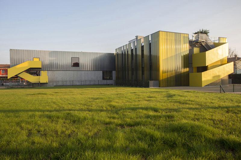 بازسازی مدرسه ابتدایی
