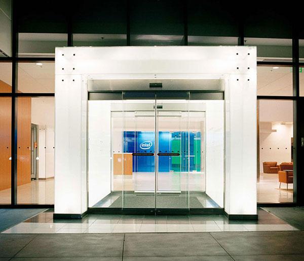 طراحی داخلی ساختمان شرکت intel