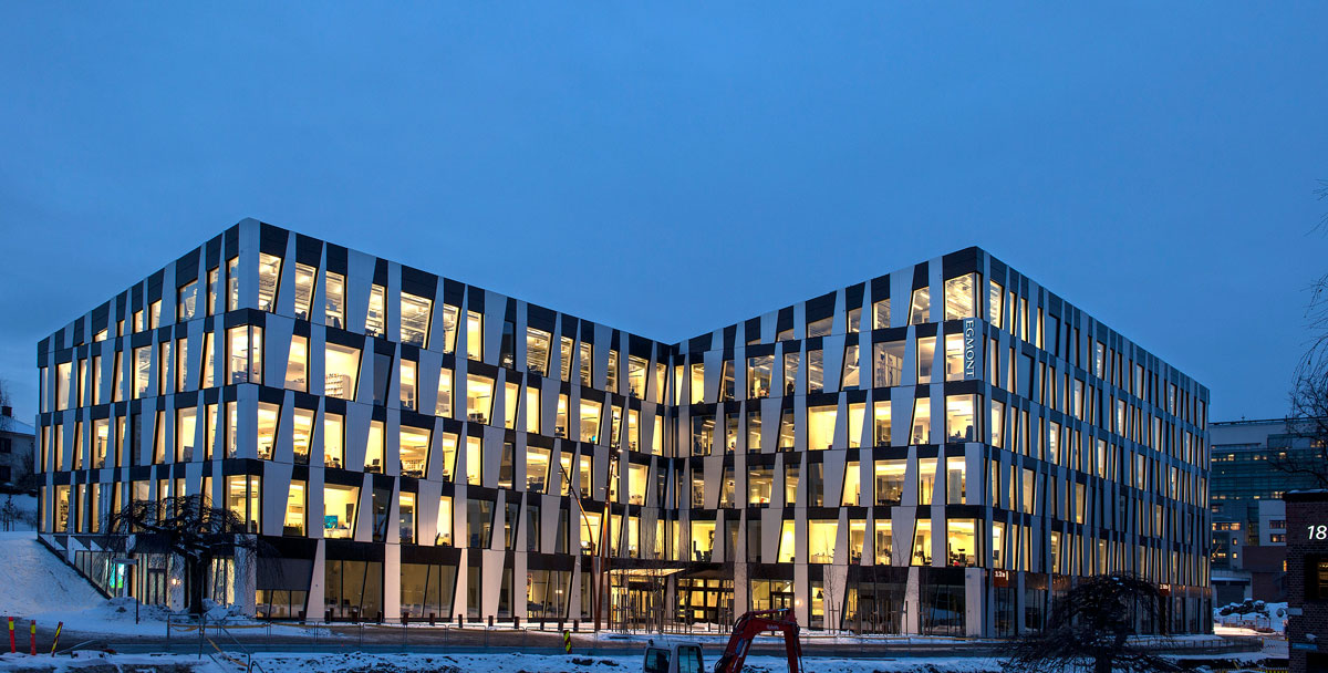 نور پردازی ساختمان تجاری اداری
