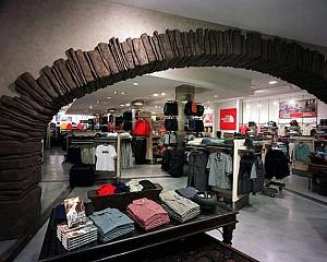 طراحی داخلی جدترین فروشگاه شرکت  North Face