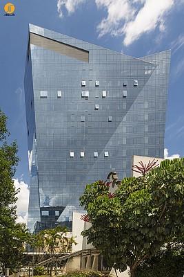 معماری ساختمان VITRA، محصولی از استودیو دنیل لیبسکیند