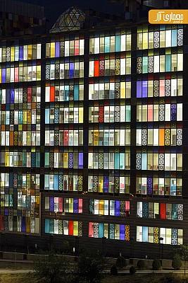 معماری و طراحی ساختمان اداری شیشه کاوه