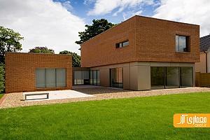 خانه ی ویلایی با نمای آجری - دو حجم آجری