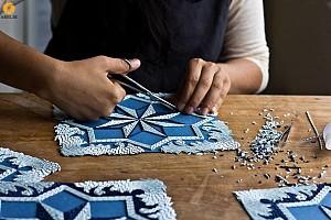 ساخت فرش کاغذی با هزاران قطعه نوار کاغذی
