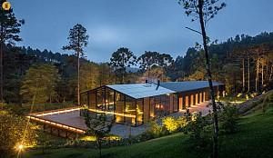 معماری و طراحی خانه ای کوهستانی در برزیل