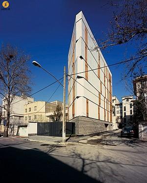 ساختمان مسکونی چیذری،رتبه اول جایزه معمار 93 در بخش مسکونی