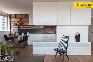 ترکیب چوب با متریالهایی به رنگ سفید و سیاه در بازسازی آپارتمانی در بارسلونا