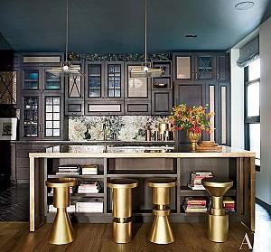 20 نمونه دکوراسیون داخلی آشپزخانه با تم رنگی مشکی