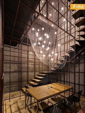 استفاده خلاقانه از سیم های رشته ای، در طراحی داخلی رستوران