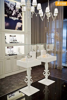 طراحی و دکوراسیون داخلی مغازه ساعت فروشی