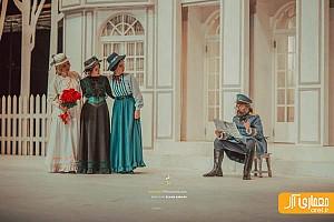 سه شنبه های تئاتر: نمایش لابراتوار، نمایش سه خواهر و دیگران ، نمایش زنانی که به بزها خیره شدند