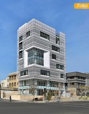 معماری ساختمان اداری سفید در تهران
