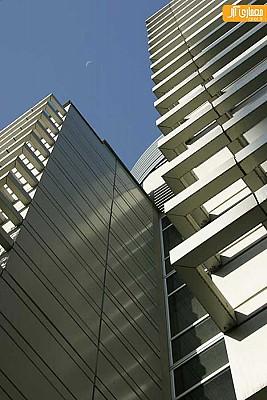معماری و طراحی نمای ساختمان اداری ملاصدرا