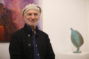 دوشنبه های هنرهای تجسمی: تکچهره مرد هنرمند در حرکت