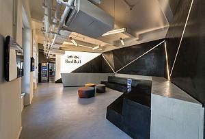 طراحی داخلی اداری دفتر ردبول