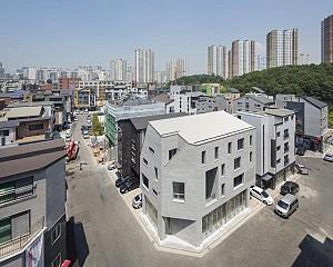 معماری و طراحی خانه و فروشگاه تجاری Guwol