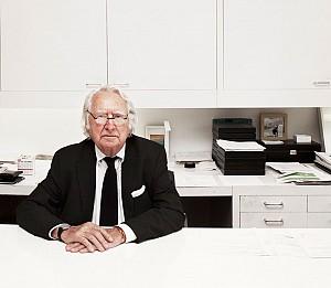 رسوایی جنسی ریچارد میر و اتهام 5 نفر به وی