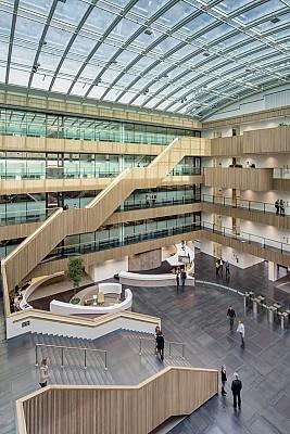 دکوراسیون و طراحی اداری مدرن در هلند