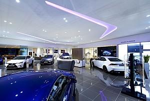 طراحی داخلی نمایشگاه خودروی لکسوس