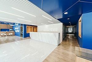 طراحی داخلی و نمای اداری شرکت Dplus