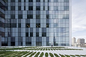 هنر در قلب معماری بیمارستان دانشگاه مونترال