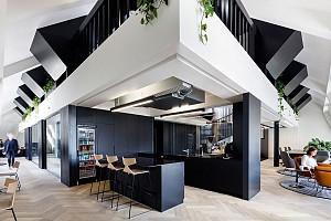طراحی فضای اداری مدرن در یک پنت هاوس