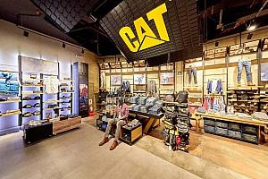 طراحی داخلی فروشگاه  برند  کاترپیلار (CAT)