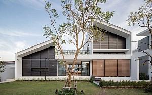ویلا خانوادگی با تمرکز بر حریم خصوصی و فضای سبز