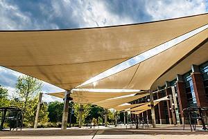 6 مورد سازه چادری برای کاربری های فضای باز