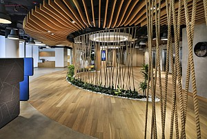 طراحی داخلی دفترکاری هوشمند و کوچک در شهر دبی