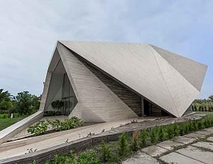 ویلای یک موج سوار با معماری داینامیک و پویایی همچون موج