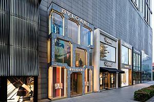 طراحی نمای فروشگاه لاکچری بولگاری در مالزی