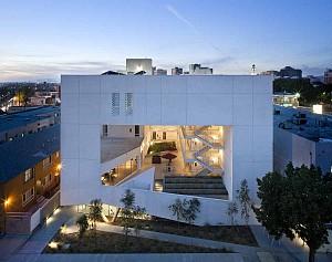 طراحی مجتمع مسکونی با استفاده بهینه از انرژی طبیعی