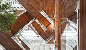 ساختمان اداری با امکانات تفریحی و ایجاد مکانی برای تعامل