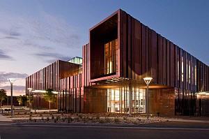 طراحی کتابخانه عمومی مدرن با نگرش به مرکز آموزش هنر
