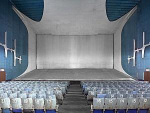 یک سینمای مخفی در چاندیگار لوکوربوزیه