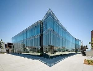 طراحی کتابخانه با ایده سبک ساحلی