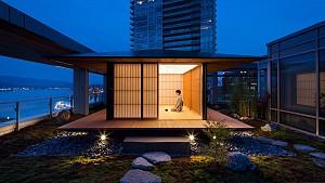 طرح کنگو کوما برای یک اتاق چای در تراس آپارتمانی در یک برج در ونکوور
