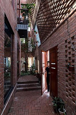 معماری آپارتمان آجری در ویتنام