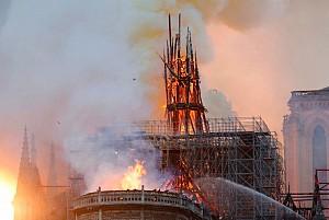 برگزاری مسابقه طراحی و بازسازی کلیسای نوتردام با بودجه ای 1 میلیارد یورویی