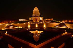 طراحی معبدی از سنگ و نور در هند