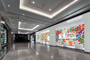 طراحی بستنی فروشی با کانسپت معماری بیلبوردی و اینستاگرام