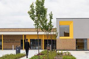 طراحی معماری مرکز مراقبت پزشکی با محدودیت بودجه