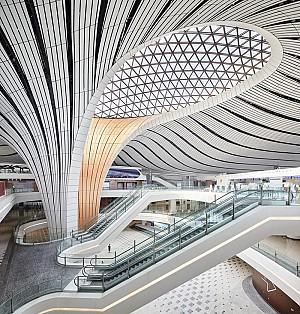 طراحی بزرگترین فرودگاه پکن اثر زاها حدید
