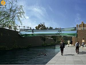پل شیشه ای لندن